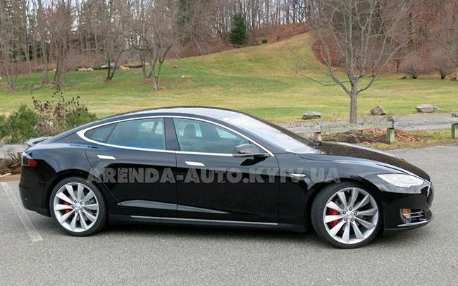 Аренда Tesla Model S на свадьбу Киев