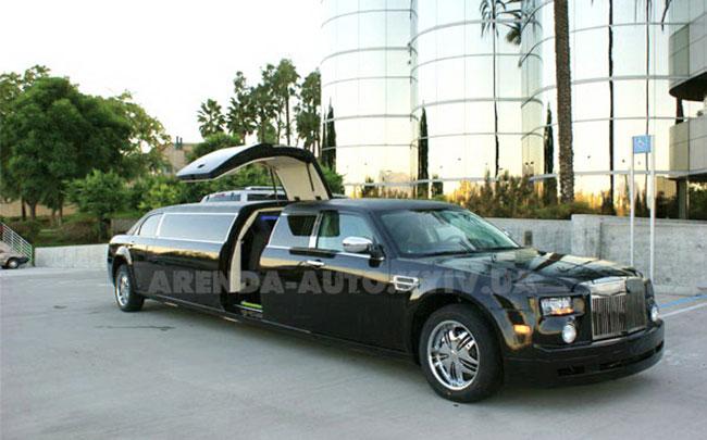 Аренда Chrysler 300C Rolls-Royсe Phantom 2008 на свадьбу Киев