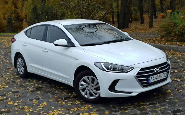 Аренда Hyundai Elantra New на свадьбу Киев
