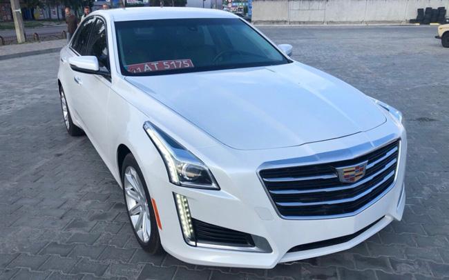 Аренда Cadillac CTS на свадьбу Киев
