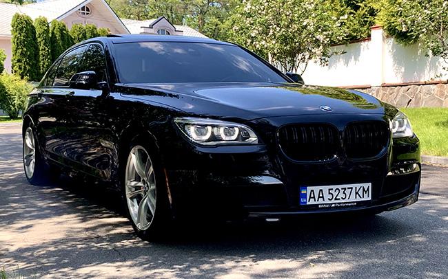 Аренда BMW 7 Long M-Paket на свадьбу Киев