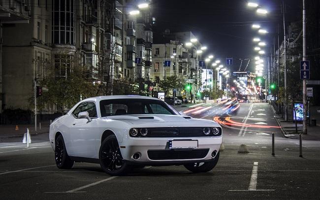 Аренда Dodge Challenger на свадьбу Киев